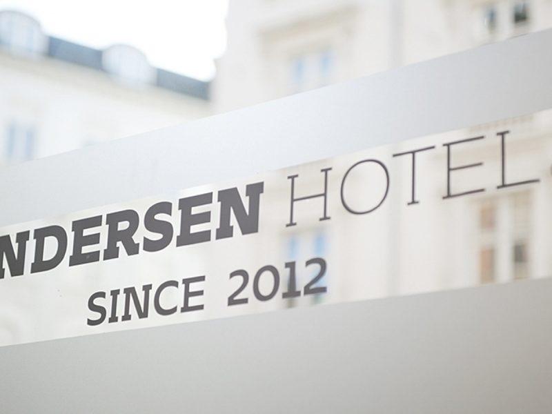 Sedute per Anderson Hotel