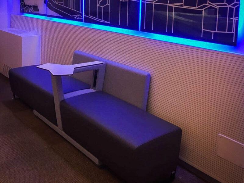 Divani sala d'attesa per Avis