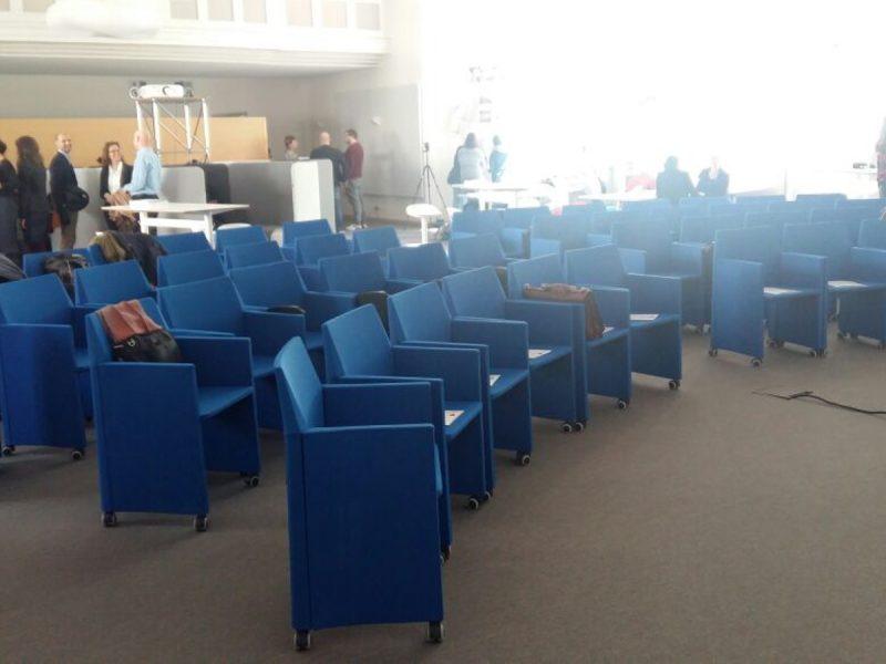 Sedie per aula dell'Università di Monaco