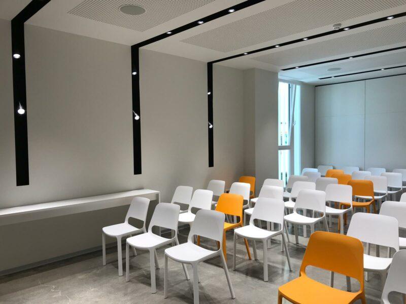 Sedie ufficio per Faurecia Interior System Salc